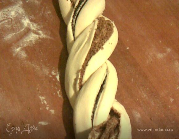 Орехово-маковый венок