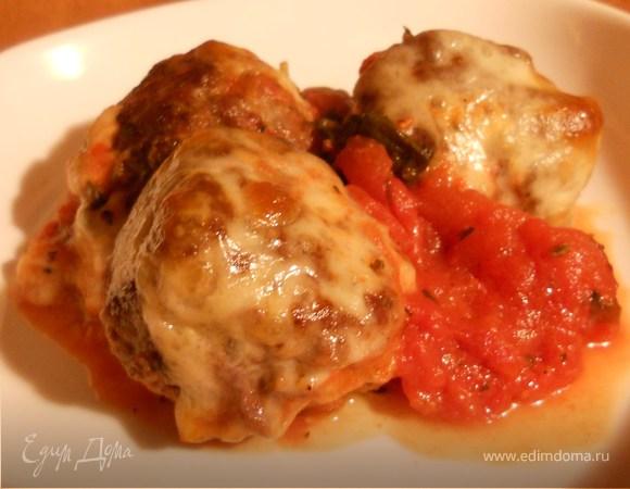 Котлеты с томатно-базиликовым соусом и моцареллой