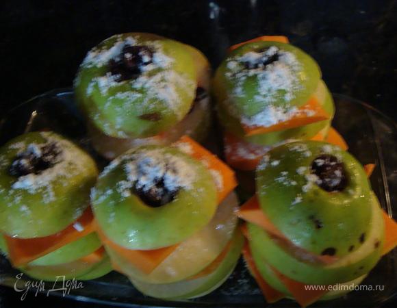 Башенки из яблок и тыквы