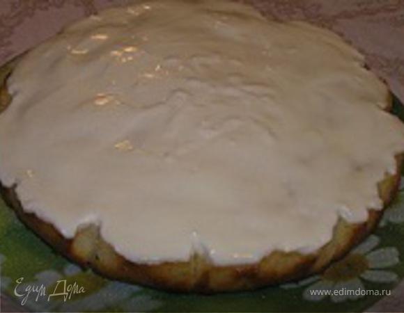Пирог с персиками и кремом