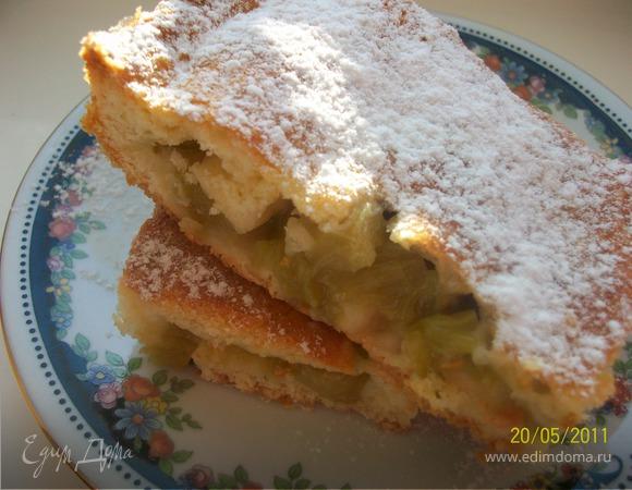 Закрытый пирог с ревенем