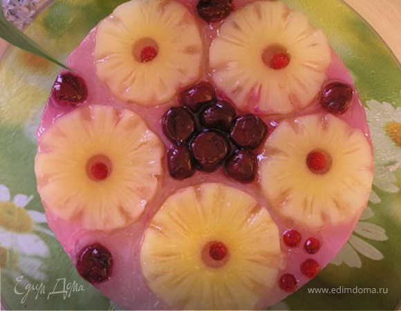 Творожный торт с вишней и ананасом
