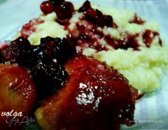 Пшенная каша с ягодно-фруктовым соусом