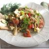 Салат с запеченной куриной грудкой, овощами и адыгейским сыром