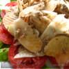 Фруктово-овощной салат с орехово-горчичным соусом