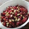 Свекольный салат с орешками и черносливом