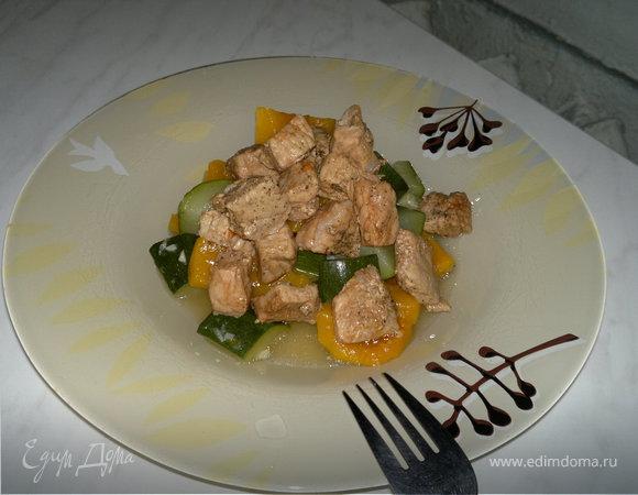 Рагу из цукини и тыквы с свиной корейкой