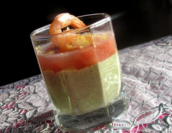 Креветки с грейпфрутом и авокадо