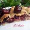 Черешневый пирог с миндалем