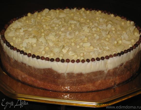 Торт-мороженое из дыни на ванильных сухариках