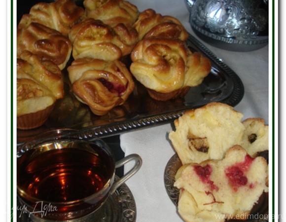 Сдобные булочки с разной начинкой