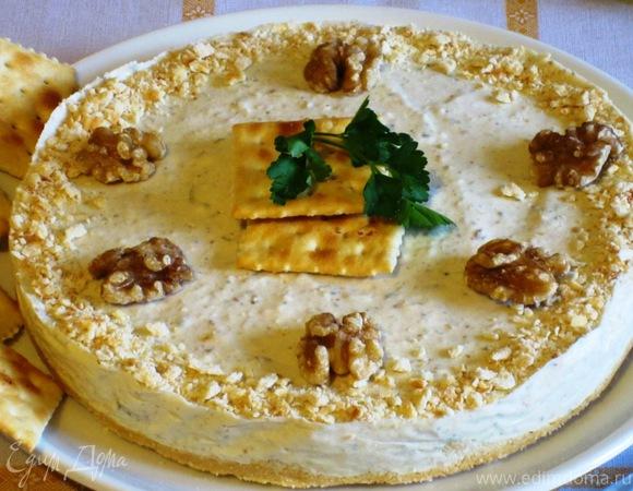 Закусочный чизкейк с горгонзолой и грецкими орехами