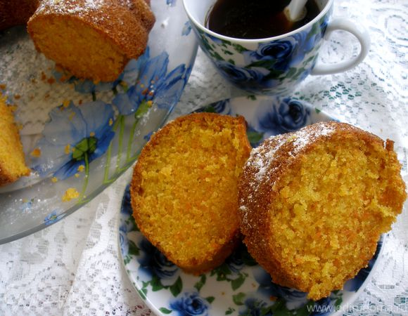 "Бразильский морковный кекс (""bolo de cenoura"")"