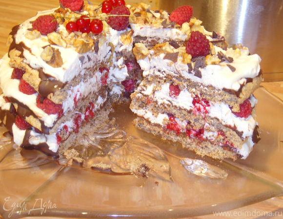 """Торт """"Ореховое безе"""" с малиной"""