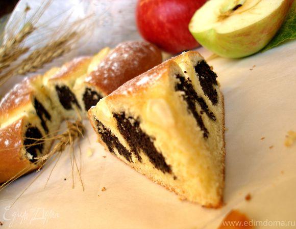Маковый пирог-улитка с яблоками