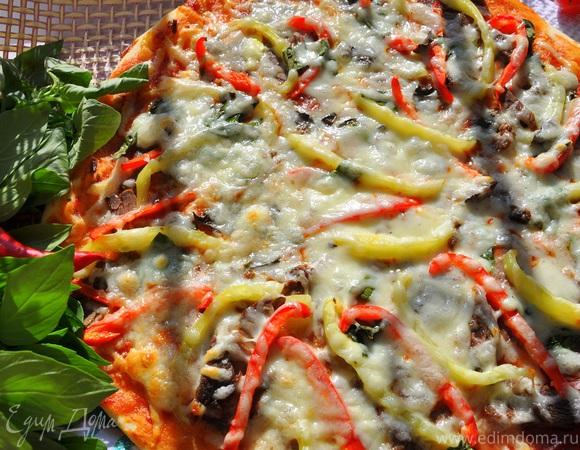 Пицца мясная с болгарским перцем и сыром Джюгас