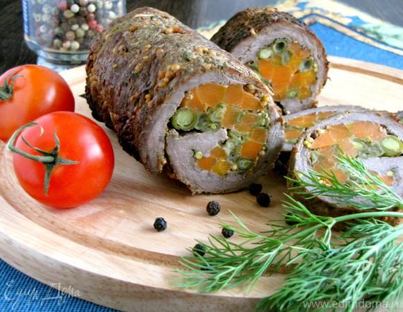 Рулет из телятины с овощами