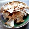 Сырно-макаронный суп и чипсы из лаваша