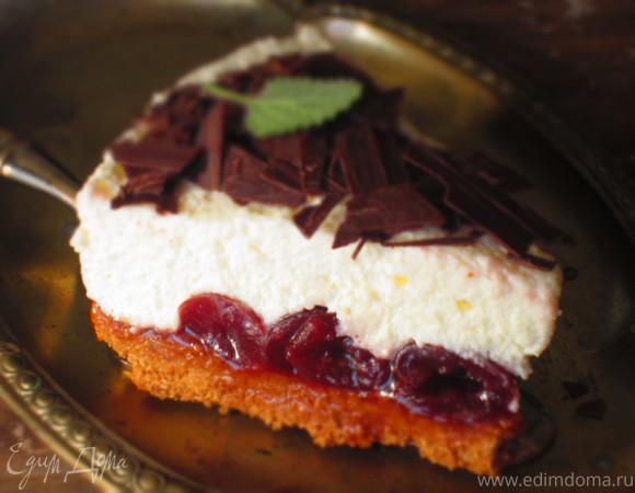 Торт с черешней и творожным муссом