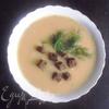 Легкий гороховый суп с чесночными гренками