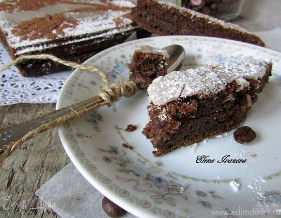Черёмуховый пирог с шоколадной начинкой