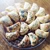 Пирожки из сырного теста с капустой и вишней