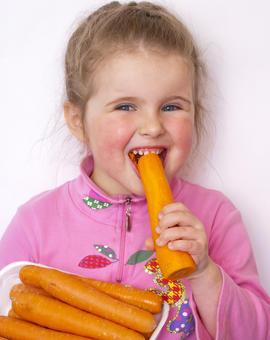 Почему ребенок плохо ест и как с этим бороться