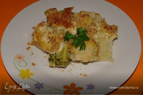 И по тарелкам..... Не забудьте про зелень :) Приятного аппетита!!!