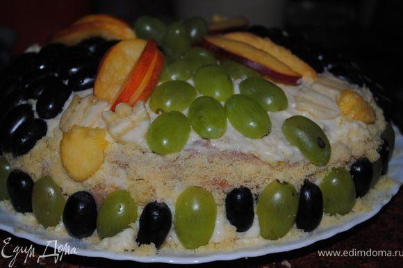 и украшаем по желанию фруктами