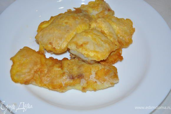 Готовую рыбу можно подать с любым гарниром,нам очень нравится с картофелем пюре.