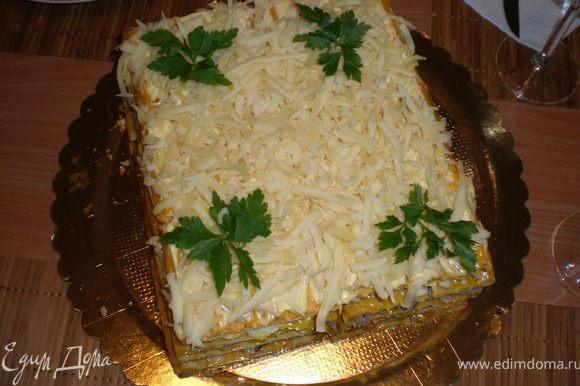 верхний слой посыпаем сыром