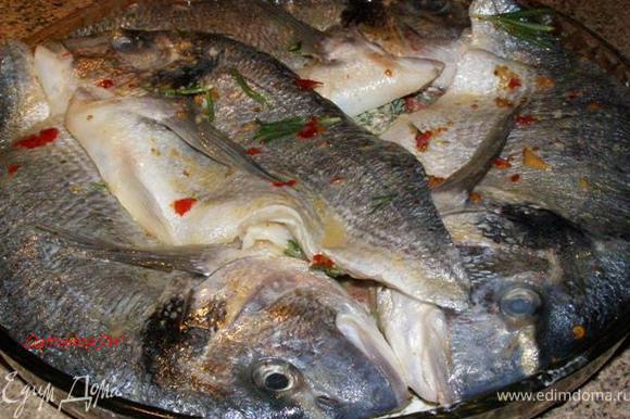 Сверху выложим рыбу