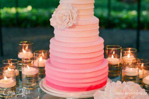 Девочки! Далее в прокрутке тортики к сожалению не мои. Просто я влюбилась в Градиент и хотела с вами поделиться :-)