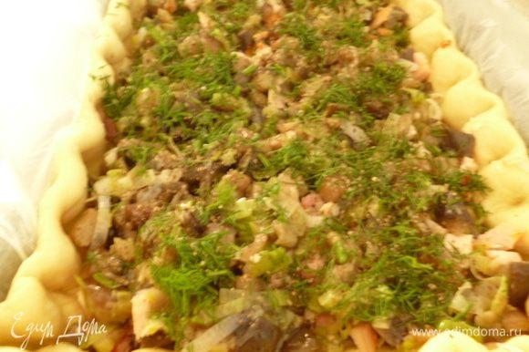 И снова копченая грудка и затем баклажаны,слои посыпаем зеленью,можете добавить ваши любимые травки.