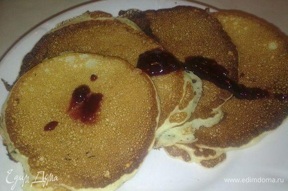 Завтракаем! Приятного аппетита. :)