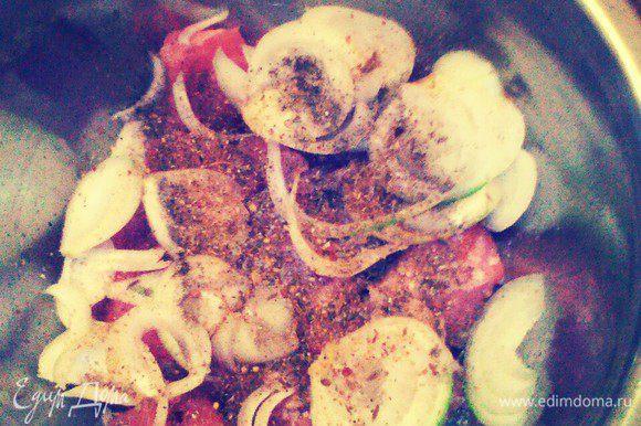 Добавить соль, перец, приправу, уксус.