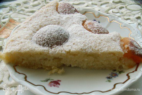 Очень мне понравился сочный и нежный пирог из кабачкового теста с абрикосами от Наталиhttp://www.edimdoma.ru/retsepty/56138-pirog-iz-kabachkovogo-testa-s-abrikosami Сейчас самое время его испечь - море кабачков и абрикосов!!! Наташенька, спасибо!!!