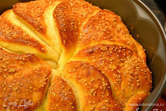 """Давно собиралась приготовить сербский хлеб """"Погачице"""" от Елены... http://www.edimdoma.ru/retsepty/53732-serbskiy-hleb-pogachitse И наконец, я его сделала!!! ))))) Вкусный и симпатичный хлебушек, с интересным мякишем..., больше похожим на сдобу... Замечательный рецепт! Рекомендую! )))"""