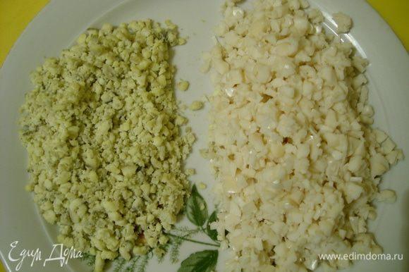 Яйца отварить, белки отделить от желтков и порубить мелко, сыр натереть на мелкой терке.