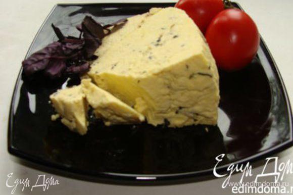 Ну и добавлю еще раз ссылку на сыр с базиликом: http://www.edimdoma.ru/retsepty/57507-domashniy-syr-s-bazilikom