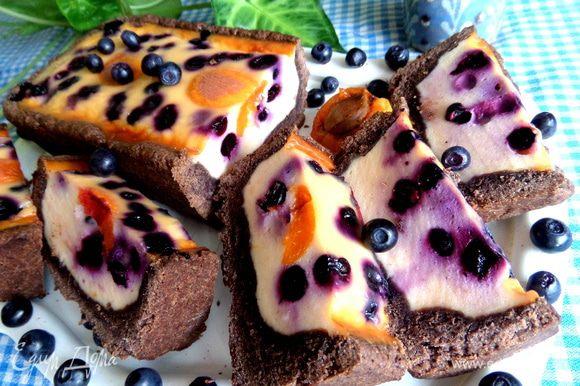 А сам тарт можно посмотреть в кулинарной битве: http://www.edimdoma.ru/retsepty/68192-tart-chernika-v-smetane