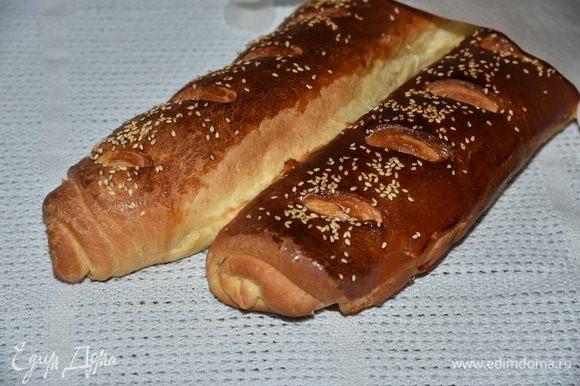 Пока мармелад остывает – подсушим кусочки багета в тостере или в духовке. У меня французский багет от Ярославы http://www.edimdoma.ru/retsepty/64760-frantsuzskiy-baget. За рецепт ей огромное спасибо!