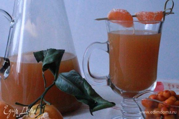 Получилось очень вкусно.Сбитень действительно согревает, с таким напитком точно не замерзнешь. Теплых вам прогулок!