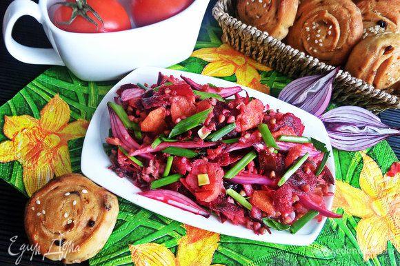 Подаем на пикнике или на даче сытный многообразный салатик!