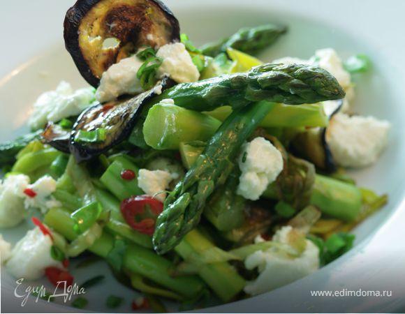 Салат из лука-порея и спаржи