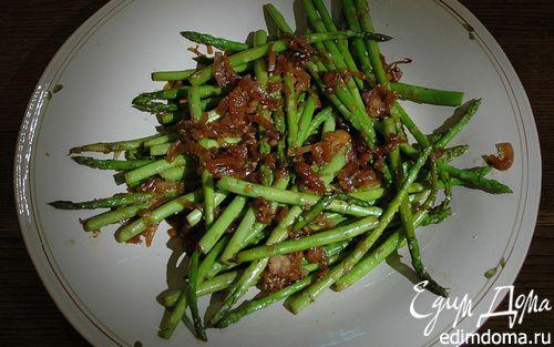Рецепт Салат из спаржи с кунжутом