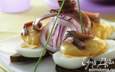 Рецепт Яйца с соусом из филе анчоусов