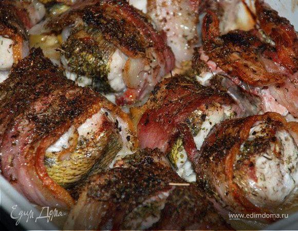 Рыба в беконе
