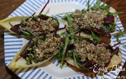 Рецепт Салат со шпротами и цикорием