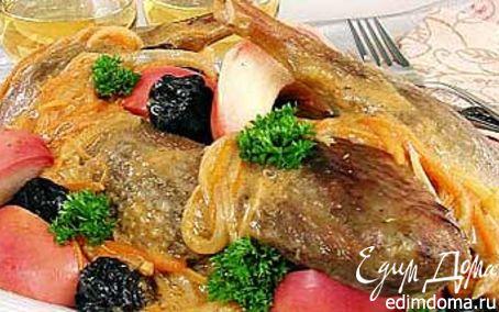 Рецепт Гусь, тушенный с черносливом и яблоками